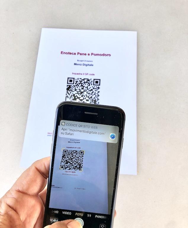 Menù Digitale - Gli smartphone di nuova generazione hanno oramai la funzione di lettura del QR Code integrata nella macchina fotografica, per cui non necessiterà neppure scaricare l'apposita app che in ogni caso si trova gratuitamente nello store di Google.